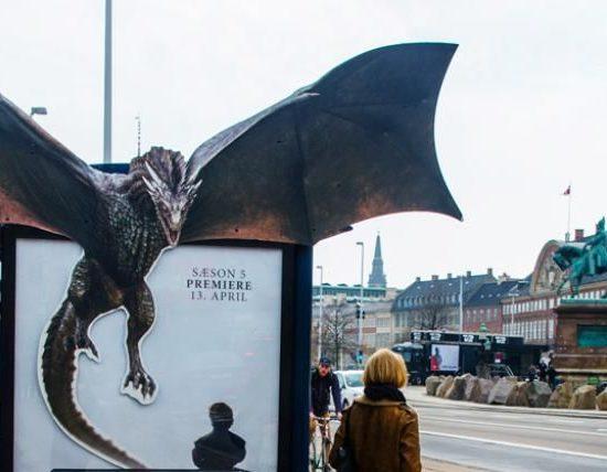 Дизайн наружной рекламы: нестандартные постеры и конструкции