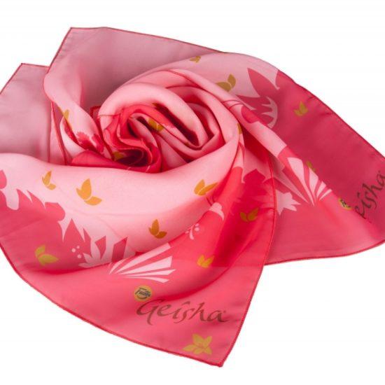 Почему бизнесу выгодно заказать шарфы и платки с логотипом именно сейчас?