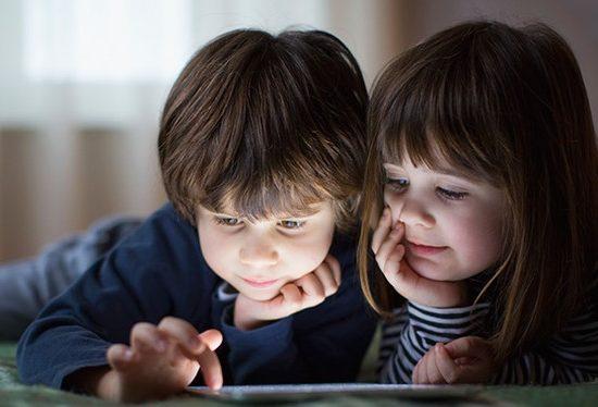Алиса научилась понимать, когда с ней говорит ребёнок